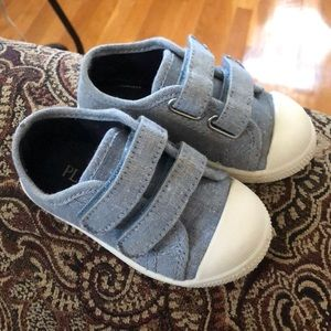 Children's place Toddler sneaker size 5